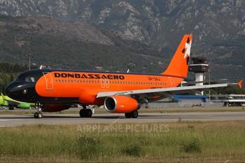 UR-DAJ - Donbassaero Airbus A320