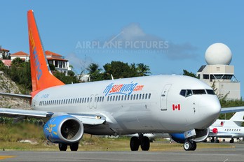C-FLSW - Sunwing Airlines Boeing 737-800