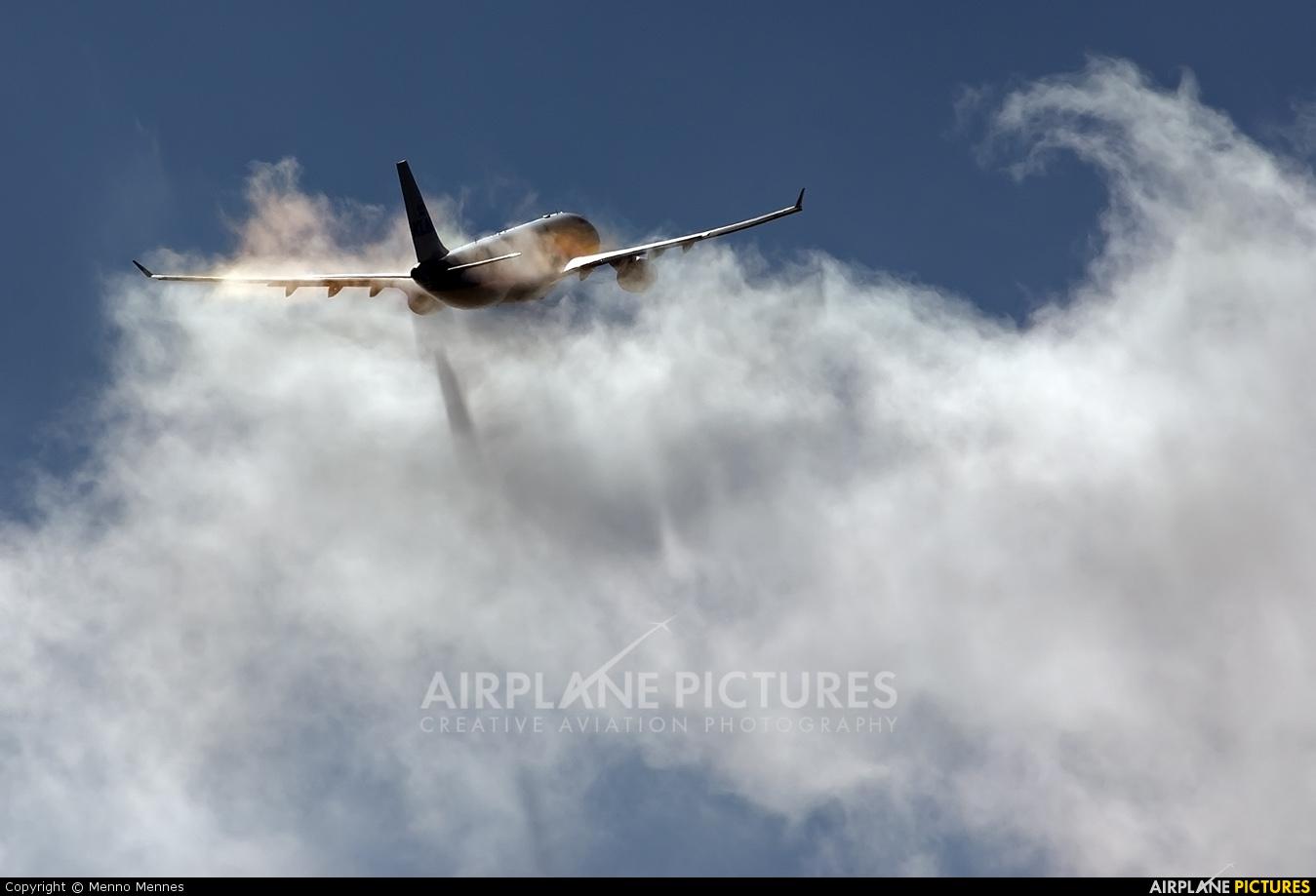 KLM PH-AOB aircraft at Amsterdam - Schiphol