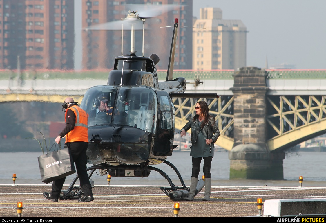 - Airport Overview - aircraft at London Heliport