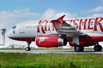 VT-KFX - Kingfisher Airlines Airbus A320