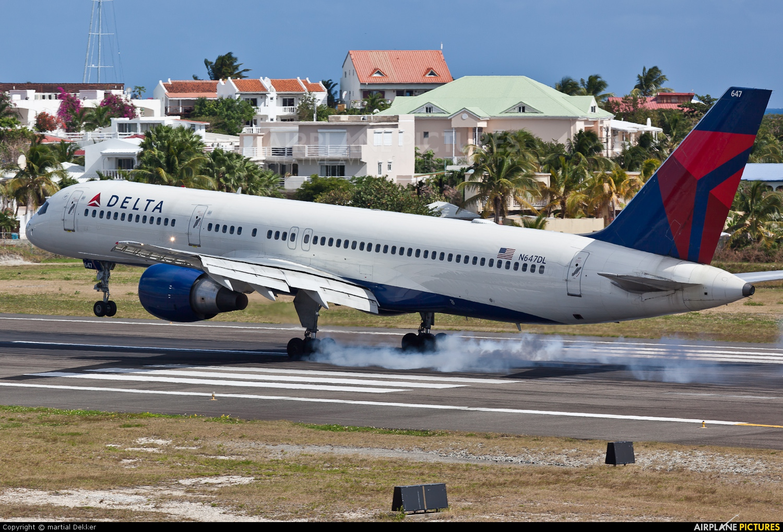 Delta Air Lines N647DL aircraft at Sint Maarten - Princess Juliana Intl