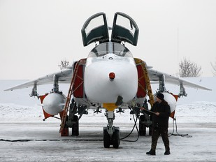 41 - Russia - Air Force Sukhoi Su-24M