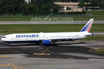 EI-UNN - Transaero Airlines Boeing 777-300