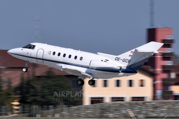 OE-GCE - Goldeck-Flug Hawker Beechcraft 800XP