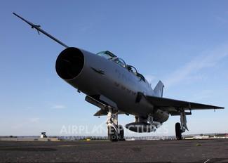 N7238T - Private Mikoyan-Gurevich MiG-21UM