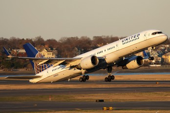 N549UA - United Airlines Boeing 757-200