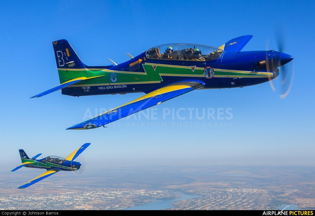 "Brazil - Air Force ""Esquadrilha da Fumaça"" 1381 aircraft at In Flight - Brazil"