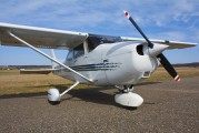 D-EMUT - Private Cessna 172 Skyhawk (all models except RG) aircraft