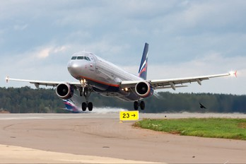 VP-BWO - Aeroflot Airbus A321