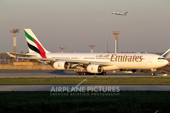 A6-ERG - Emirates Airlines Airbus A340-500