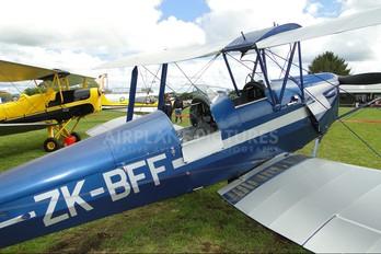ZK-BFF - Private de Havilland DH. 82 Tiger Moth
