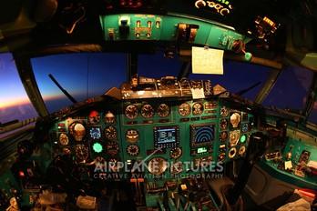 - - Alrosa Tupolev Tu-154M