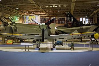 BL614 - Royal Air Force Supermarine Spitfire Vb
