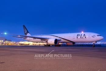 AP-BID - PIA - Pakistan International Airlines Boeing 777-300ER