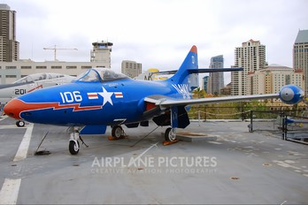 141136 - USA - Navy Grumman F9F Panther