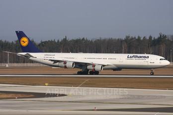 D-AIGI - Lufthansa Airbus A340-300