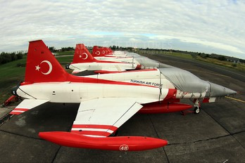 - - Turkey - Air Force : Turkish Stars Canadair NF-5A