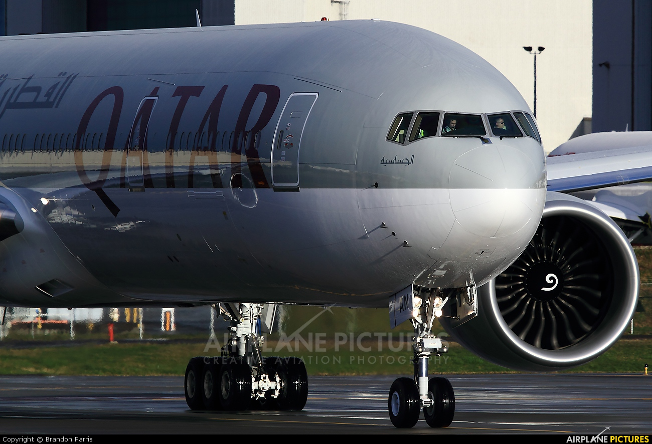 Qatar Airways A7-BAN aircraft at Everett - Snohomish County / Paine Field