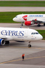 5B-DCH - Cyprus Airways Airbus A320