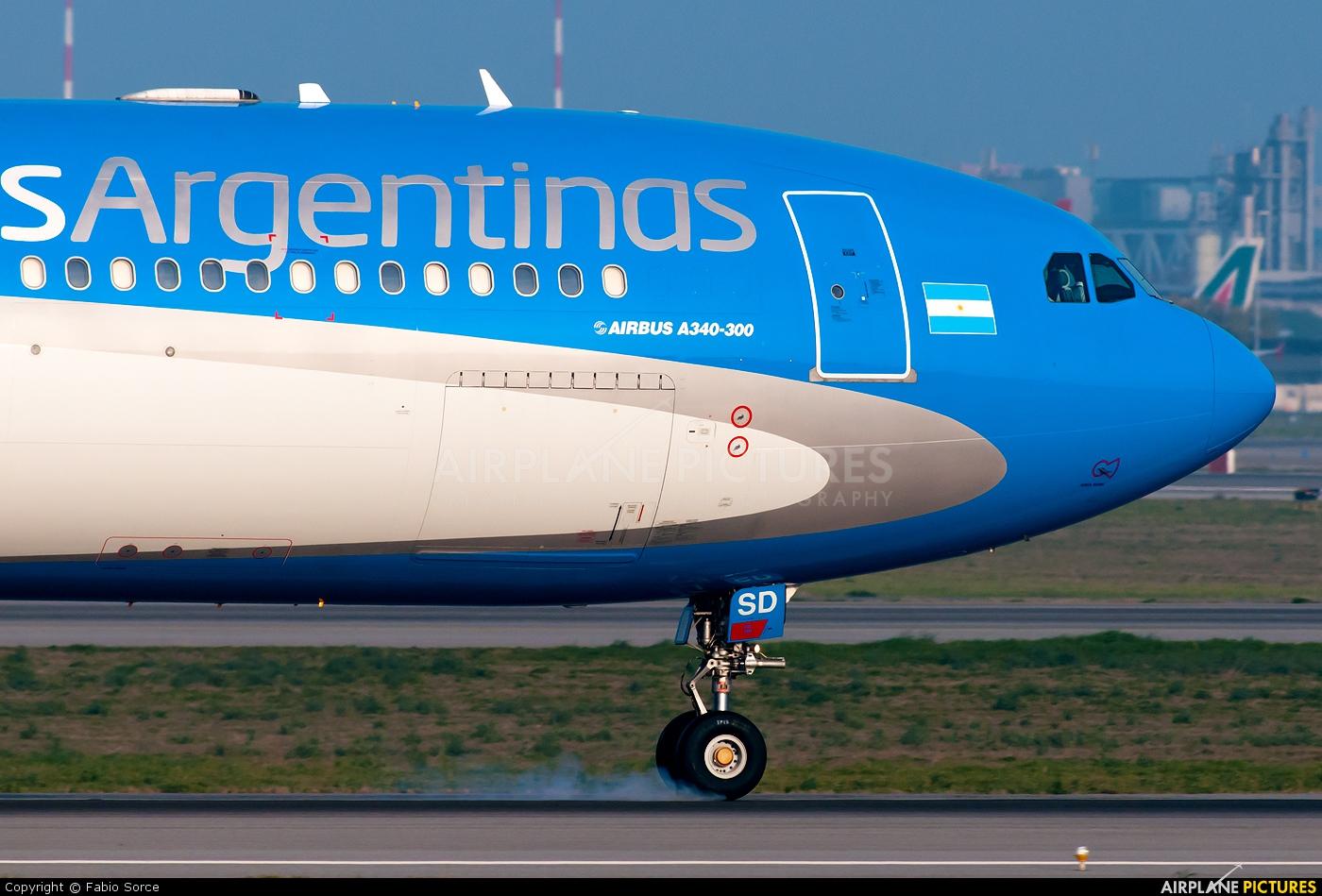 Aerolineas Argentinas LV-CSD aircraft at Rome - Fiumicino