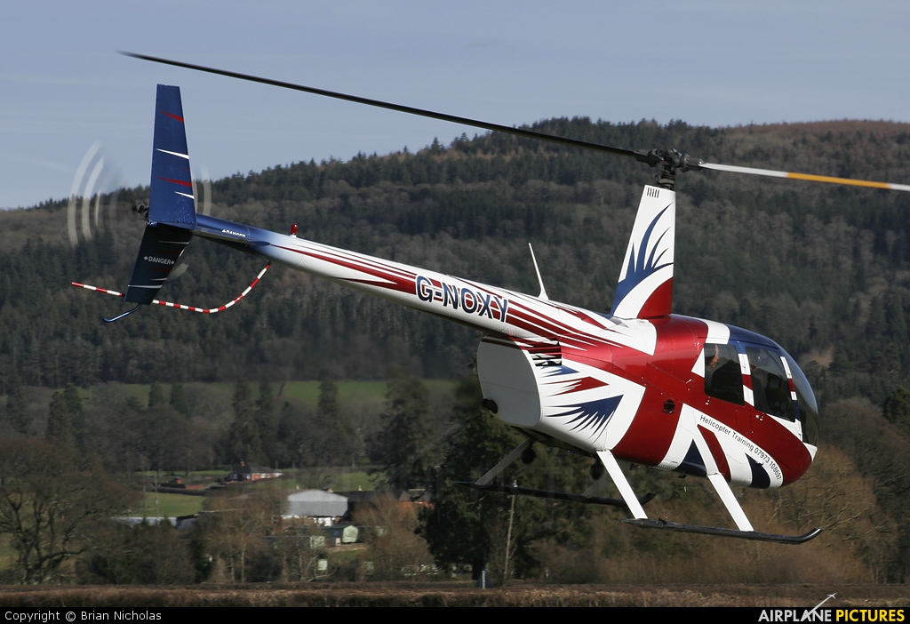 Private G-NOXY aircraft at Welshpool