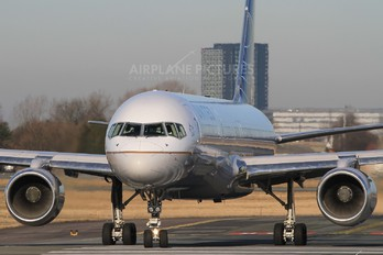 N29129 - Continental Airlines Boeing 757-200