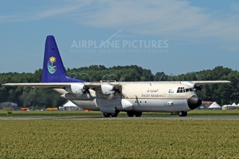 HZ-129 - Saudi Arabia - Royal Flight Lockheed L-100 Hercules