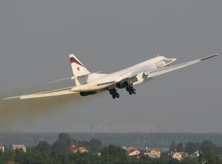 19 - Russia - Air Force Tupolev Tu-160