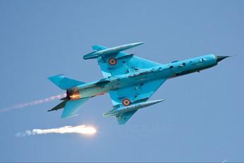 5913 - Romania - Air Force Mikoyan-Gurevich MiG-21 LanceR A