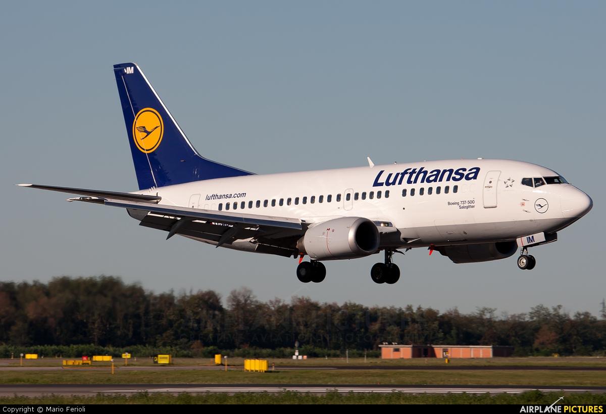 Lufthansa D-ABIM aircraft at Milan - Malpensa