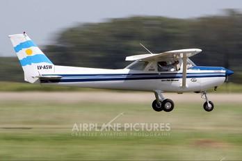 LV-ASW - Private Cessna 152