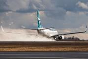 C-GWSE - WestJet Airlines Boeing 737-700 aircraft