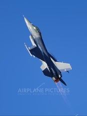 745 - Chile - Air Force General Dynamics F-16A Fighting Falcon