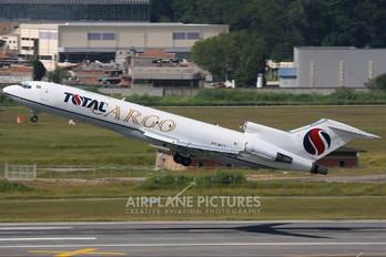 PT-MTT - Total Linhas Aéreas Boeing 727-200F (Adv)