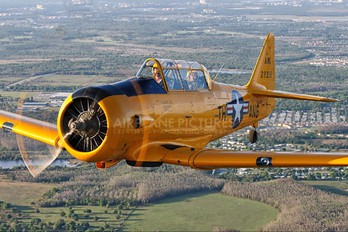 N5632V - Private North American Harvard/Texan (AT-6, 16, SNJ series)