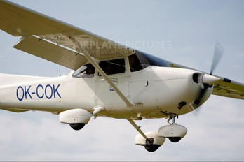 OK-COK - Private Cessna 172 Skyhawk (all models except RG)