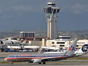 N816NN - American Airlines Boeing 737-800