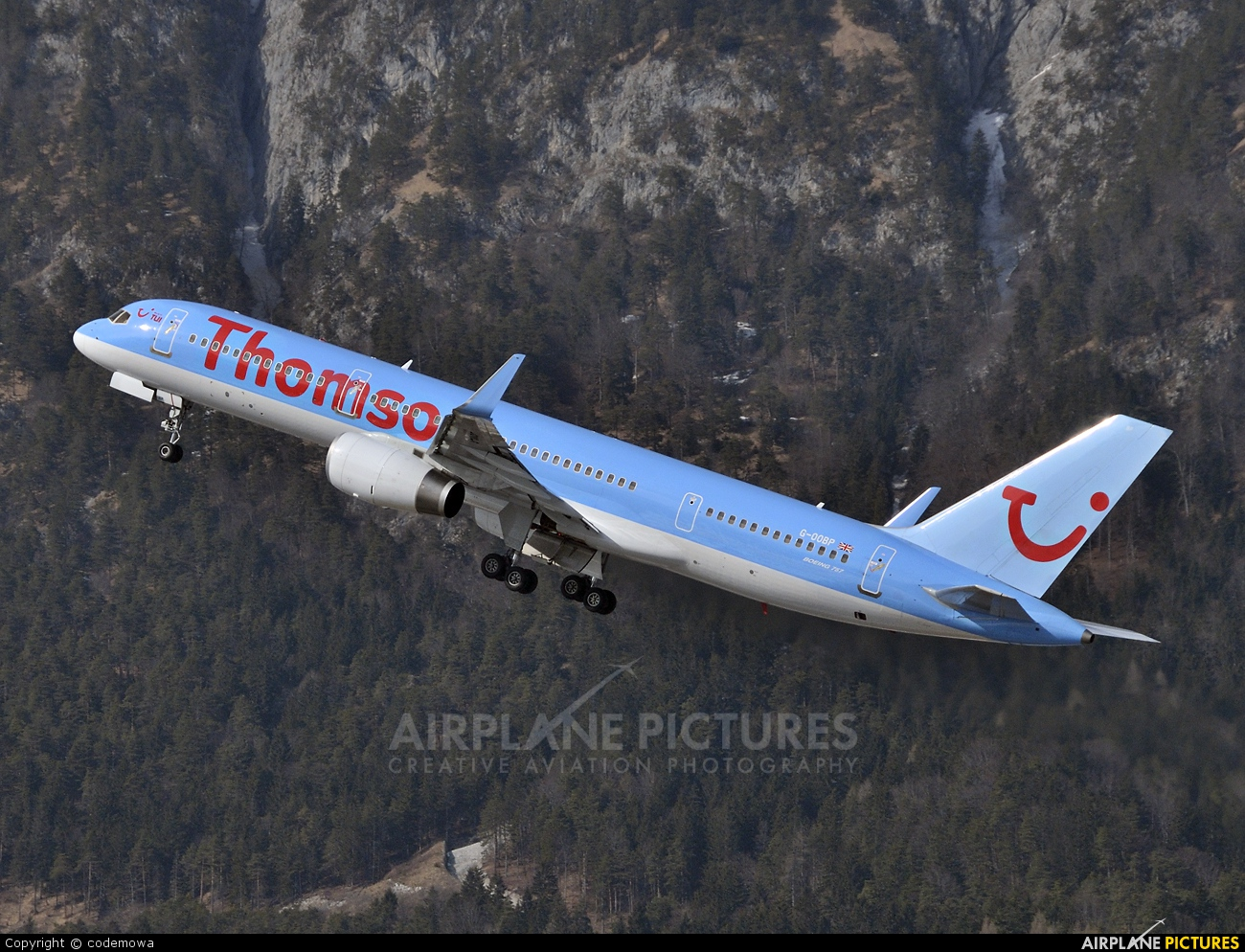 Thomson/Thomsonfly G-OOBP aircraft at Innsbruck
