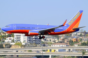 N924WN - Southwest Airlines Boeing 737-700