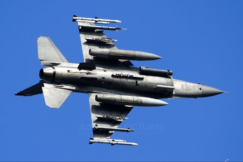 - - USA - Air Force Lockheed Martin F-16CJ Fighting Falcon