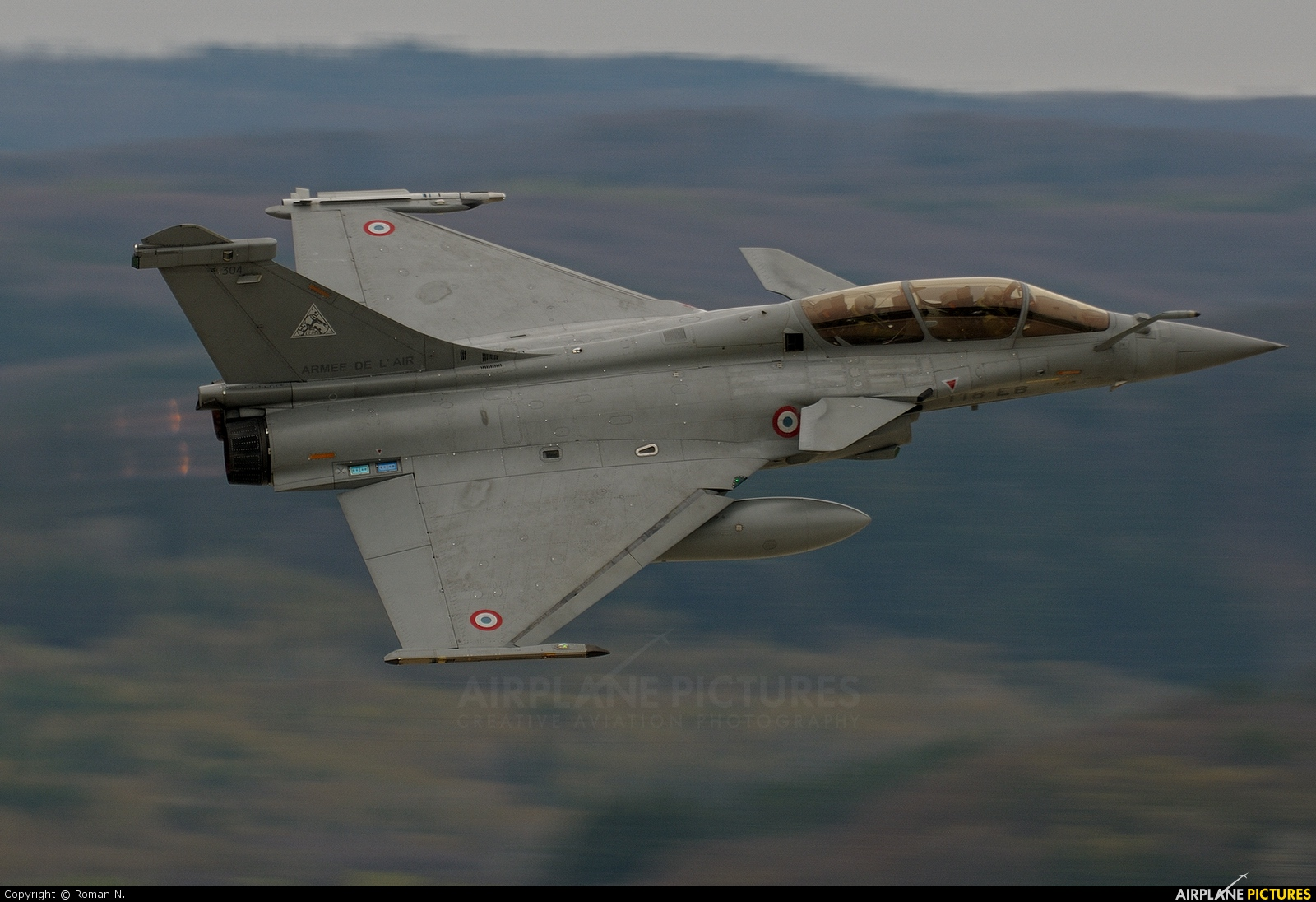 France - Air Force 304 aircraft at Sliač