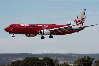 VH-VOU - Virgin Blue Boeing 737-800