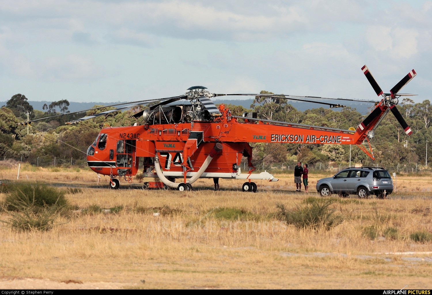 erickson air crane helicopter with N243ac Erickson Air Crane Sikorsky S 64e Helitanker on 12051136 furthermore 38 additionally 18425519 as well 181723 also 1586487.