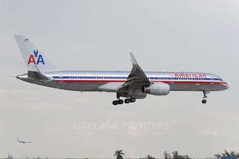 N617AM - American Airlines Boeing 757-200