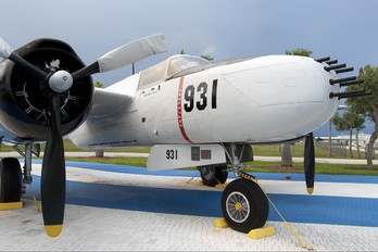 931 - Cuba - Air force Douglas A-26 Invader