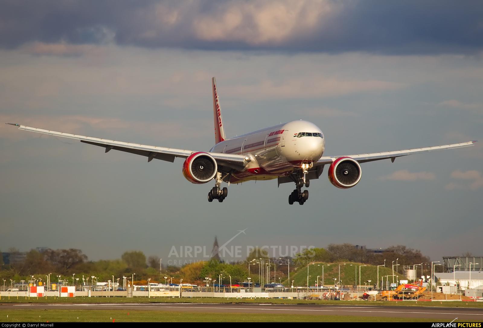 Air India VT-ALO aircraft at London - Heathrow