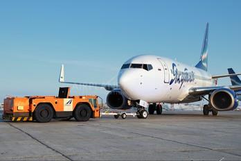 VQ-BLS - Yakutia Airlines Boeing 737-700