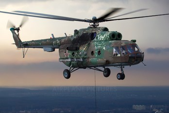 83 - Russia - Air Force Mil Mi-8