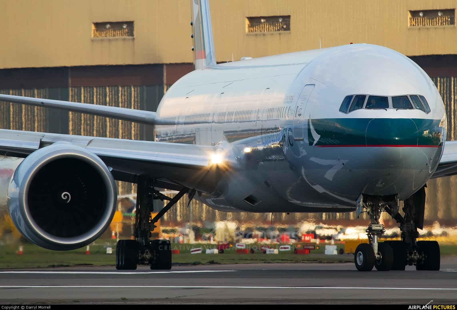Cathay Pacific B-KPU aircraft at London - Heathrow
